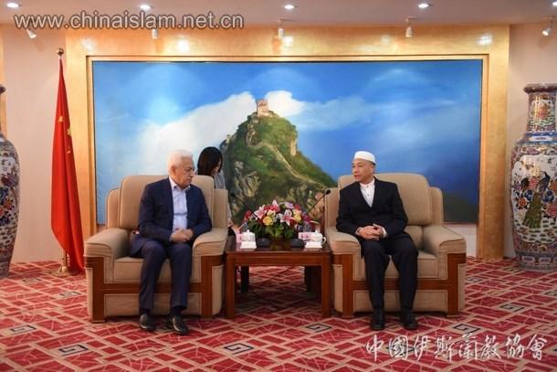 乌兹别克斯坦代表团拜会中国伊斯兰教协会(图)