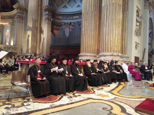 """中国天主教代表团出席""""世界宗教与和平""""研讨会(图)"""