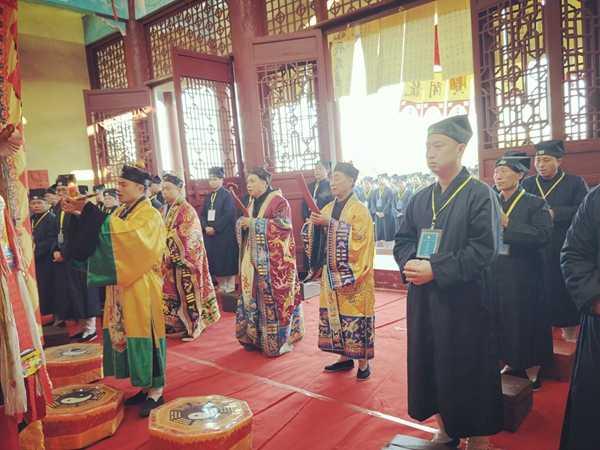 湖南省道教协会第六届正一派传度活动在溆浦玉皇宫举行(图)