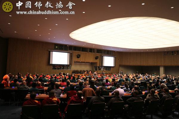 点亮心灯 祈愿和平——第二届中美加佛教论坛在美国纽约联合国总部举行(图)