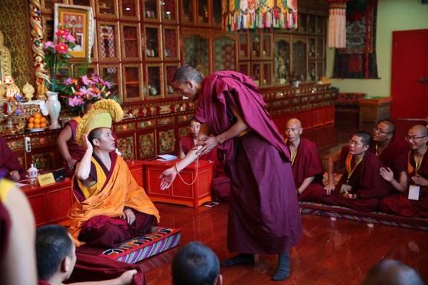 藏传佛教坚持中国化方向是历史的必然(图)