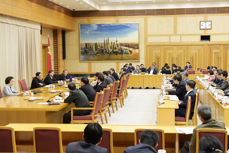 上海市委中心组举行宗教工作专题辅导报告(图)