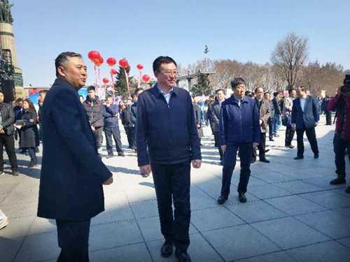 黑龙江省民族宗教事务委员会开展全民国家安全教育日宣传活动(图)