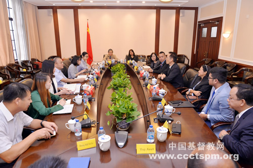 联合圣经公会代表团访问中国基督教两会(图)
