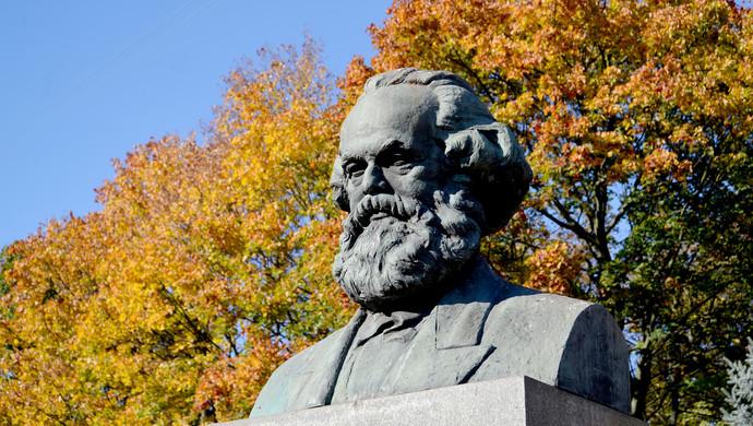 马克思主义政治哲学在哪些方面实现了对西方传统政治哲学的超越?(图)