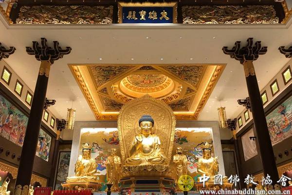 """中国佛教代表团出席新加坡佛教居士林""""三庆""""典礼活动(图)"""