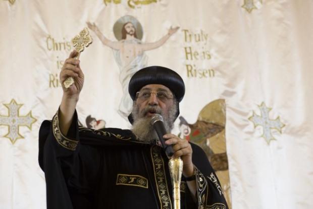正教基督徒欢庆传达希望与爱信息的圣诞节(图)
