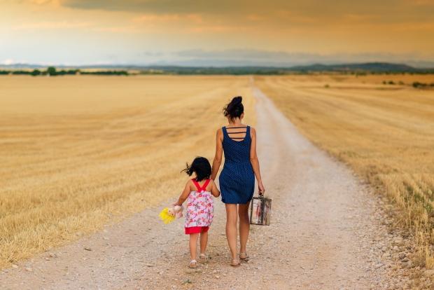巴纳研究:母亲才是孩子信仰的驱动力(图)