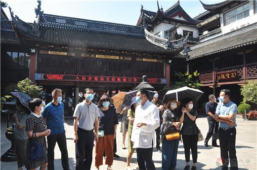 上海市崇明区民族宗教干部参访团到上海城隍庙参访交流(图)