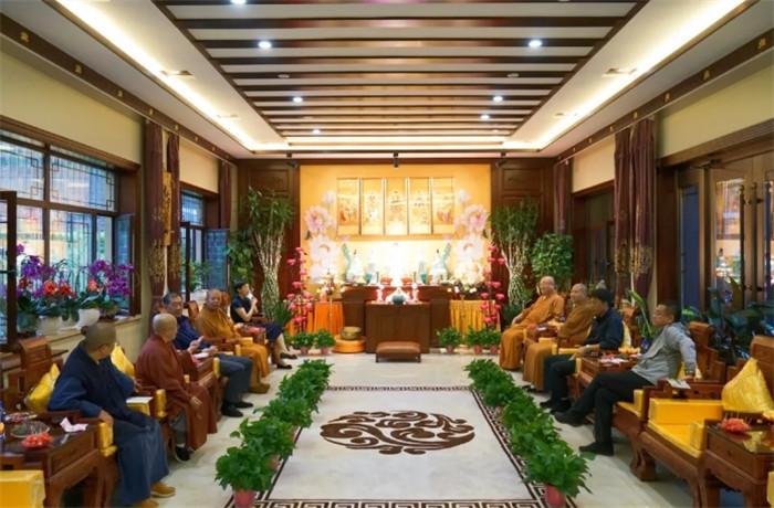 吉林省佛教协会赴延边州开展坚持中国化方向工作专题调研(图)
