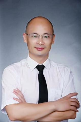 上海财经大学人文学院哲学系博士生导师张东辉教授(图)
